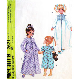 McCalls 2621 girls sewing pattern